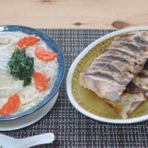 雲呑スープ炒飯 × 炒飯の羽根付き焼き餃子