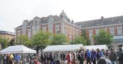 オランダ・ベルギードライブ周遊旅行 14 ジュ・ド・バル広場の蚤の市(アンティーク・マーケット)