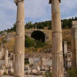 エフェソス、栄華と廃墟 トルコ旅行記 8
