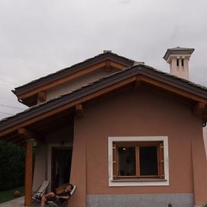 アオスタ街道途上の小さな村に宿泊 アルプス地方周遊ドライブ旅行 23