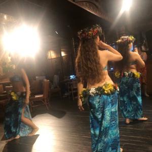 食べログ3,43 hawaiianダンスが見れるTikiTiki 新宿