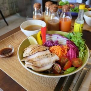長谷駅前のCHAYA BOWLで鎌倉野菜のヘルシーランチ