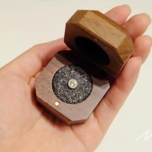 鎌倉彫金工房のダイヤモンドプロポーズで婚約した!指輪作りの前にプロポーズしておきたい人に!