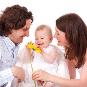 「やまなし子育て応援カード」でこんなサービスが受けられる!一部をご紹介します
