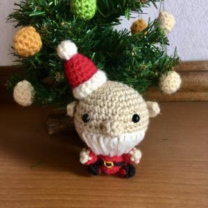 サンタクロースを編みました