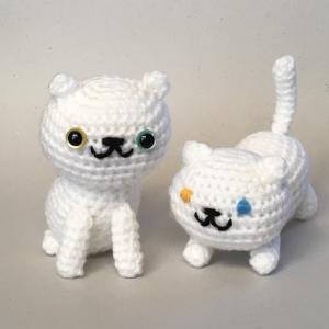 白猫を編みました