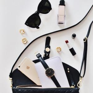 お財布やバッグの中を見ればお部屋の様子が見えてくる