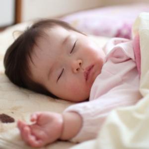 赤ちゃんを夜ぐっすり寝かせるための準備