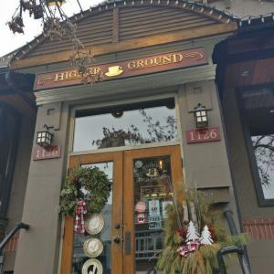 @カルガリーのカフェ!【HIGHER GROUND CAFE】ローカルに大人気!ケンジントンのオーガニックコーヒーのカフェ