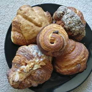 @カルガリーのパン屋さん【BUTTER BLOCK & Co】知る人ぞ知る!クロワッサン専門店!