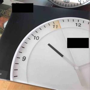 今日はシチズン コスモサイン香港シチズン40周年限定 / 腕時計を130本超買ってきた腕時計好きが選んだ掛け時計は、、コレだ!