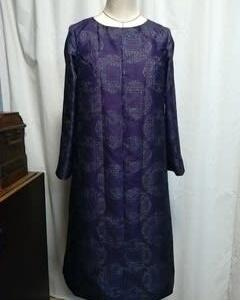 紫の銘仙のお着物でワンピース