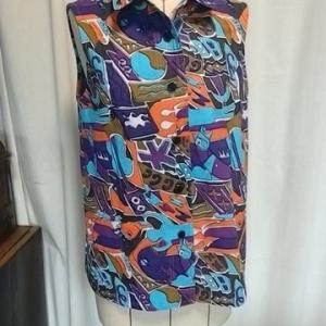 エプロンから台襟付きシャツカラーベスト