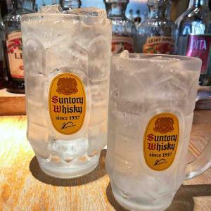 グラスの大きさにびっくり!流石はメガ!
