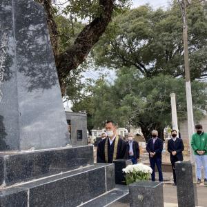 第113回 日本人ブラジル移民追弔法要 2021年6月18日 マリリア墓地 慰霊碑前にて