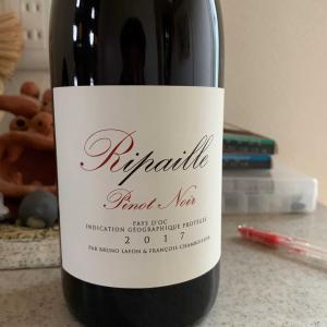 まずはワインから