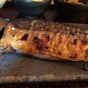 大森駅前 鯖の塩焼き専門店 鯖なのに。で皮はパリッと身はジューシーな鯖の塩焼き定食を頂きました