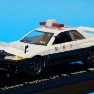 【お待たせしました】R32スカイラインGT-R パトロールカー【ミニカー】