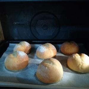 週末ベーカリー ~Nadia丸パン~