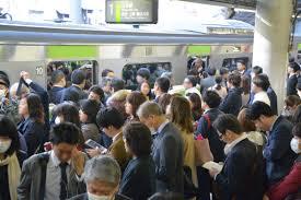 電車通勤と車通勤どっちにするか?決め手はこれだ!