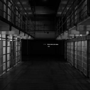 欧州のドイツ含む5か国、なぜ刑務所からの脱獄・脱走が合法なのか。