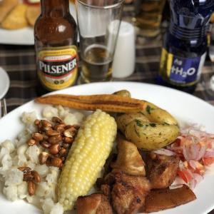 エクアドルの人って何食ってんだ?気になる食事を地域別に紹介