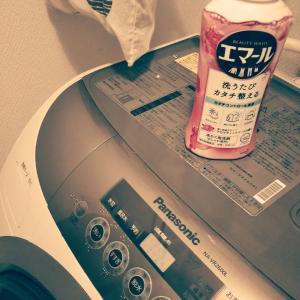 セーター縮むのね、洗濯機の手洗いモードだけ設定して洗濯。