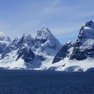 ロシア人は南極のアヌンナキに会った - ビデオがあります
