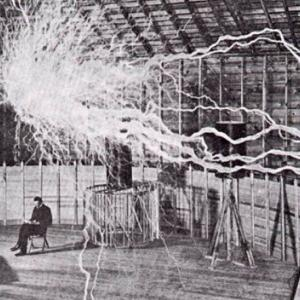ニコラ・テスラ:UFOと重力の動的理論  天才
