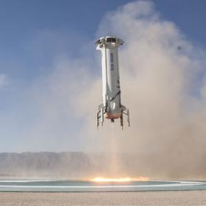 ブルー・オリジンは、準軌道の宇宙飛行のチケットを2019年に販売する予定です