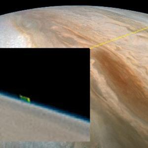 NASAは木星からこの画像をキャプチャしました。巨大なエイリアンの生命体でしょうか