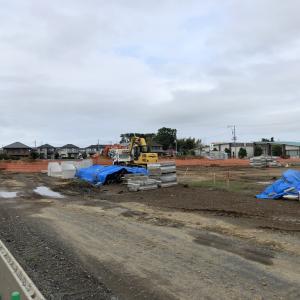 社宅跡地で建設工事が進む(2020年06月21日)