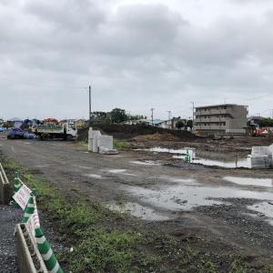 社宅跡地で建設工事が進む(2020年7月4日)