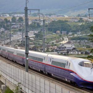 佐久カーブにて E2系あさま号(2015年秋)