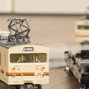 Nゲージ・鉄コレ(鉄道模型)JR123系5042番 アップグレード② 動力ユニットTM-22、蜜連カプラー装着