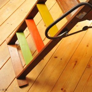 【もらいもの生活】昭和レトロ棚とすべり台