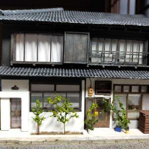 古民家長屋の塗装と装飾品の制作