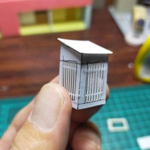 円頓寺商店街「那古野ハモニカ荘」を作る① 素材に紙を多用して