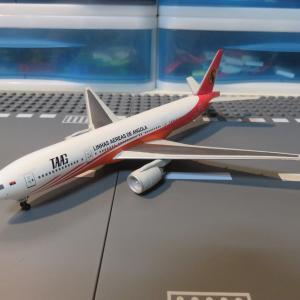 アンゴラ航空 B777-200 1/400スケール