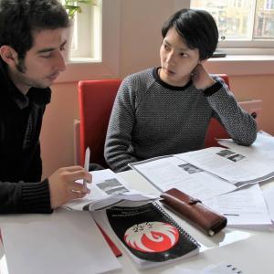 【ビジネスセンス】英会話スクールから学ぶ、チラシ1枚で100万円も売上を伸ばせたワケ。