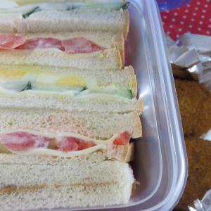 サンドイッチのお弁当箱