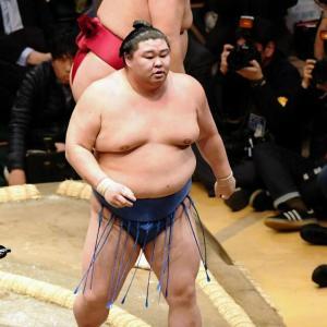 【大相撲】徳勝龍が初優勝 「幕尻」優勝は20年ぶり 千秋楽結びの一番も勝利