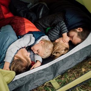 【シュラフ】春キャンプに向けて寝具をコンパクトに!