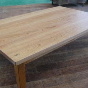 ブラックチェリー材の品格漂うテーブル こたつテーブル