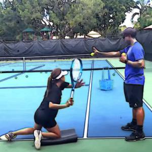 これだけは身につけたい【子供のテニスを上達させる】5つの動作とは?ストローク
