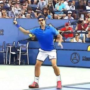 テニス【フォアのスライスが上手く打てない】スイングのコツを詳しく解説