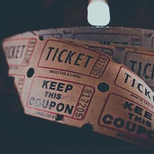クーポンとチケットの違いって何?