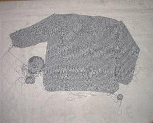 編みかけのセーター