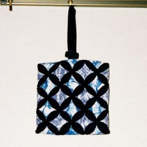 カテドラルウィンドウのバッグ