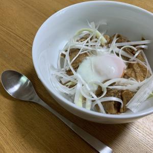 簡単ランチ(中華風 豚肉の甜麺醤ダレ丼)【レシピ付き】